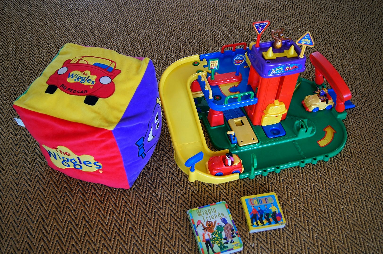 The Wiggles Toys R Us : Index of ebay